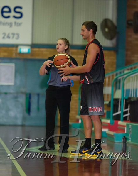 © Braves (70) v Tamworth Thunderbolts (75) 4 July 2015-7498