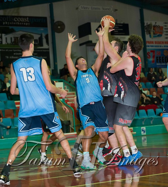 © Braves (70) v Tamworth Thunderbolts (75) 4 July 2015-7702