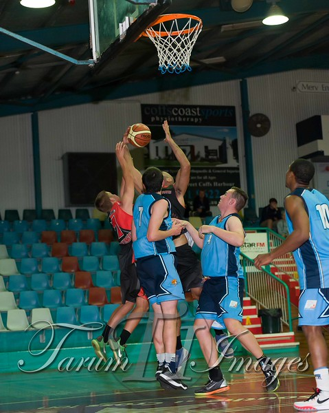 © Braves (70) v Tamworth Thunderbolts (75) 4 July 2015-7889