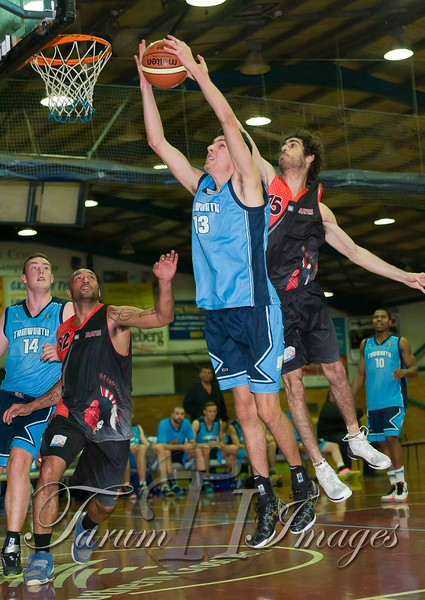 © Braves (70) v Tamworth Thunderbolts (75) 4 July 2015-7641