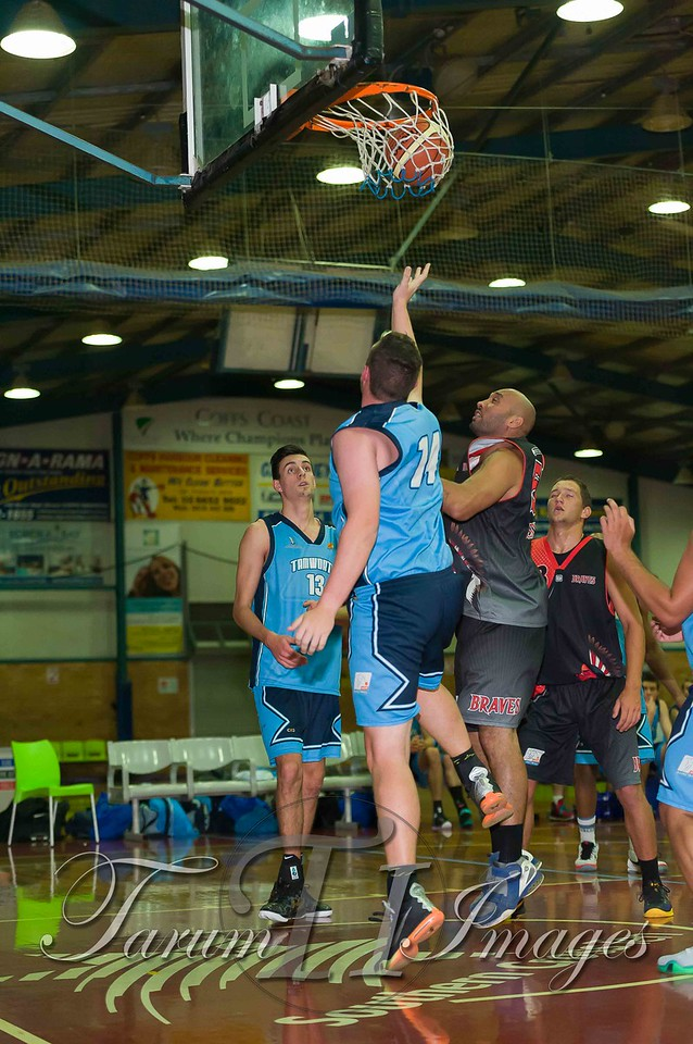 © Braves (70) v Tamworth Thunderbolts (75) 4 July 2015-7496