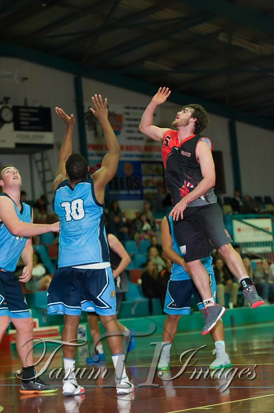 © Braves (70) v Tamworth Thunderbolts (75) 4 July 2015-7733