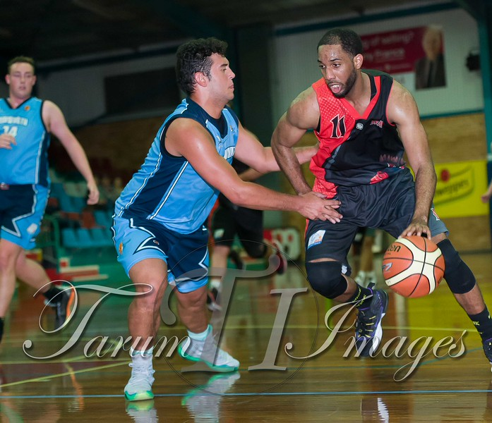 © Braves (70) v Tamworth Thunderbolts (75) 4 July 2015-7739