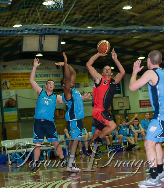 © Braves (70) v Tamworth Thunderbolts (75) 4 July 2015-7648