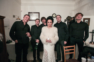 2015-12-17 Bile Vanoce Bratialava - Lucie Bila