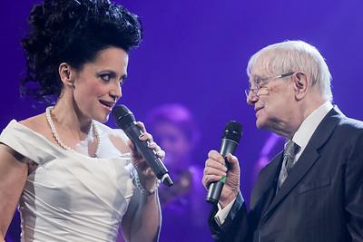 2015-12-13 Bile Vanoce Praha - Lucie Bila