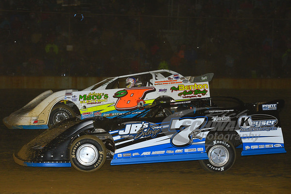 7R Kent Robinson and D8 Dustin Linville