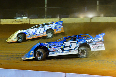 Brandon Sheppard (B5) and Steve Casebolt (C9)
