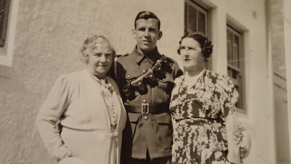 Margaret Louise Beck, Bruce Curtis & Wyn Curtis?