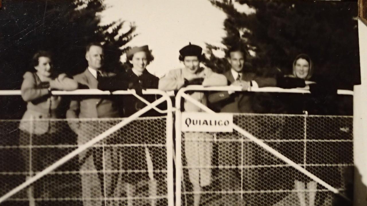 Elsie?, Alan Furner, ?,?,?, Wyn Curtis at Quialigo