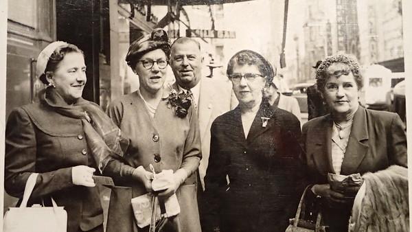 Constance Raymond, Elenor & Oscar Beck, Winifred Curtis, Elsie Furner