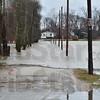 MET122815flooding Oakley Park
