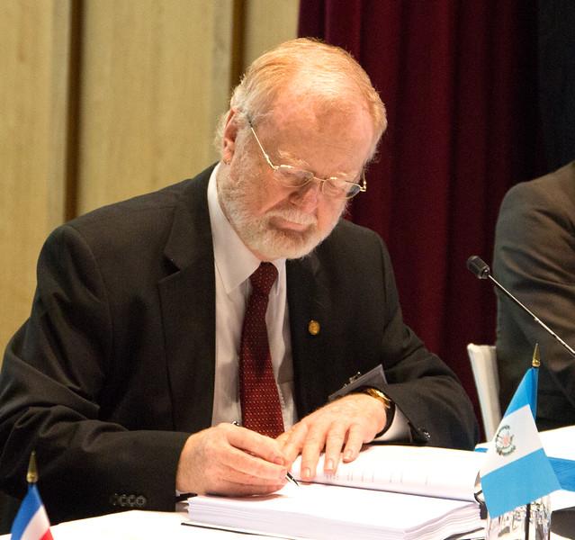 Mr Eduardo Sperisen-Yurt, Ambassador, Permanent Representation of Guatemala to the WTO, Geneva.