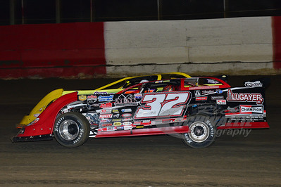 32 Bobby Pierce and 21JR Billy Moyer, Jr.