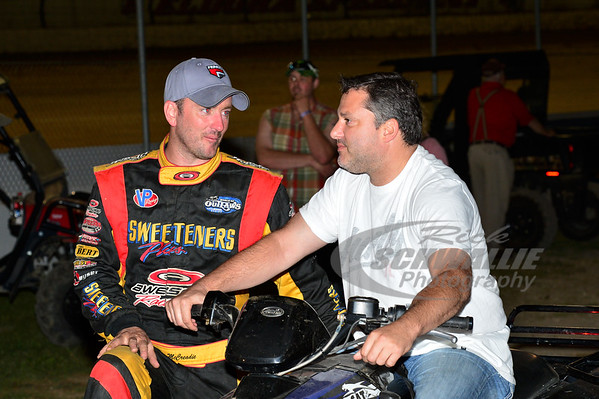 Tim McCreadie talks with Tony Stewart