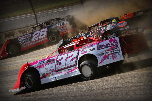 Eldora Speedway; The UMP DIRTcar Fall Nationals 2015