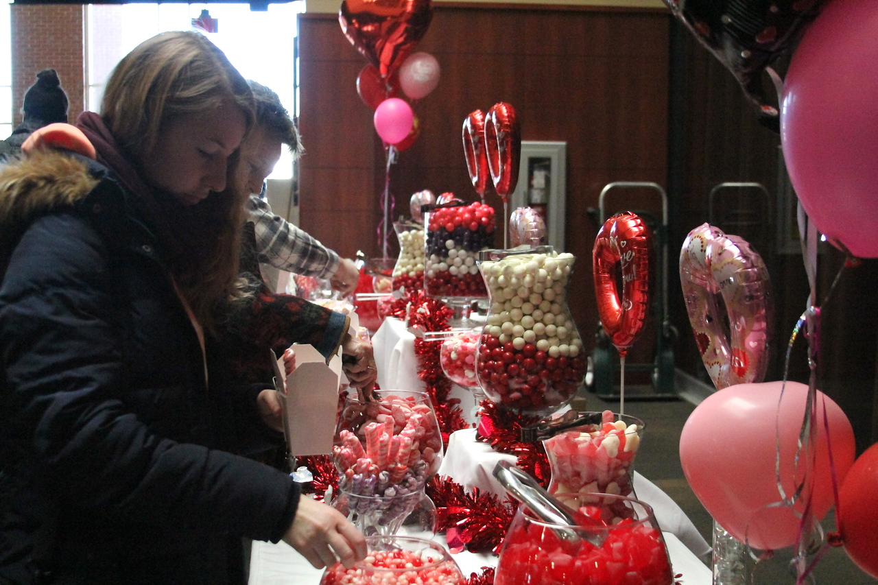 Many students lined up Friday afternoon to celebrate Valentines day with some candy and critters.