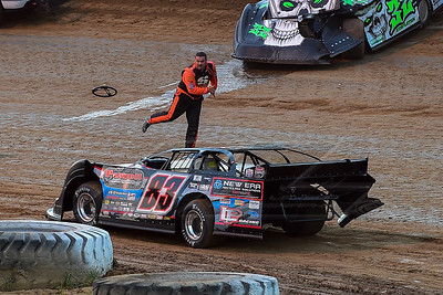 Chad Stapleon flings his steering wheel at Scott James