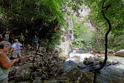 Carantça,  Aller retour vers le Pont de Pierre par les ponts de singes et les passerelles
