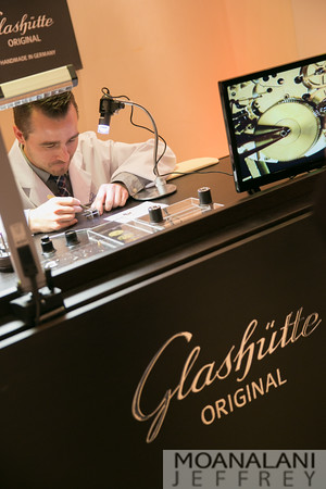 GLASHÜTTE ORIGINAL AND RED BAR: SIXTIES ICONIC COLLECTION AT TOURBILLON
