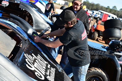 Scott Bloomquist's car gets some attention
