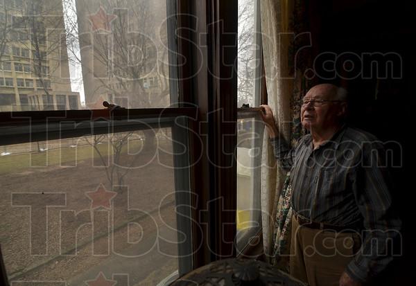 MET 012915 DEBS WINDOW
