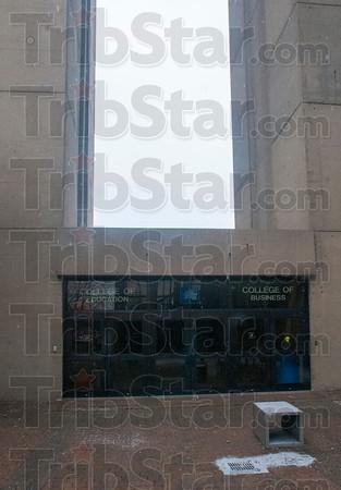MET 012615 TOWER DOORS