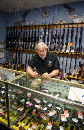 MET 012215 GUN SHOP JOHN