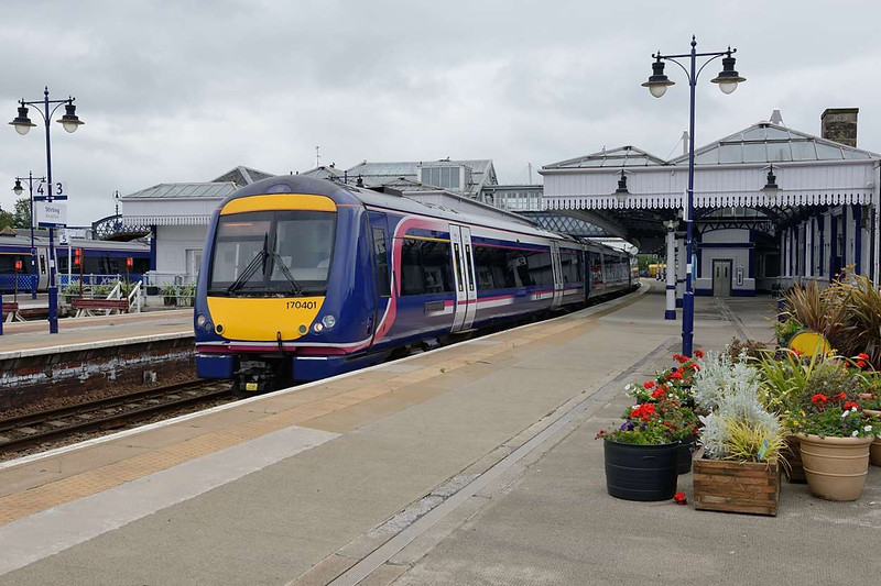 12 July 2015 :: 170 401 departs from Stirling with 1A85, the 1145 Glasgow Queen Street to Aberdeen
