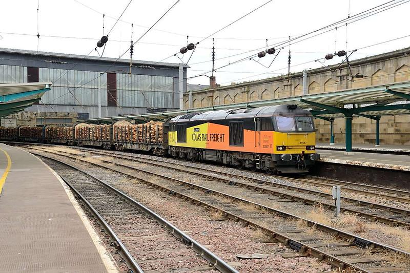 14 July 2015 :: 60087 at Carlisle with 6J37 from Carlisle to Chirk