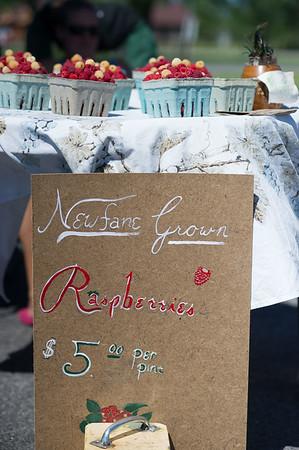 JOED VIERA/STAFF PHOTOGRAPHER-Pendleton, NY-Newfane grown rasberries for sale during the Pendleton Farmers Market.