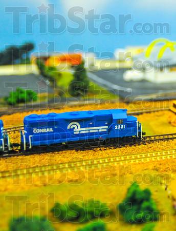 MET 072515 TRAIN SET