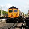 6 June 2015 :: 59003 waits to depart from Bishops Lydeard with the last train of the day, the 1755 to Minehead