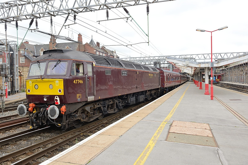 25 June 2015 :: On the rear of 5Z51 was 47746