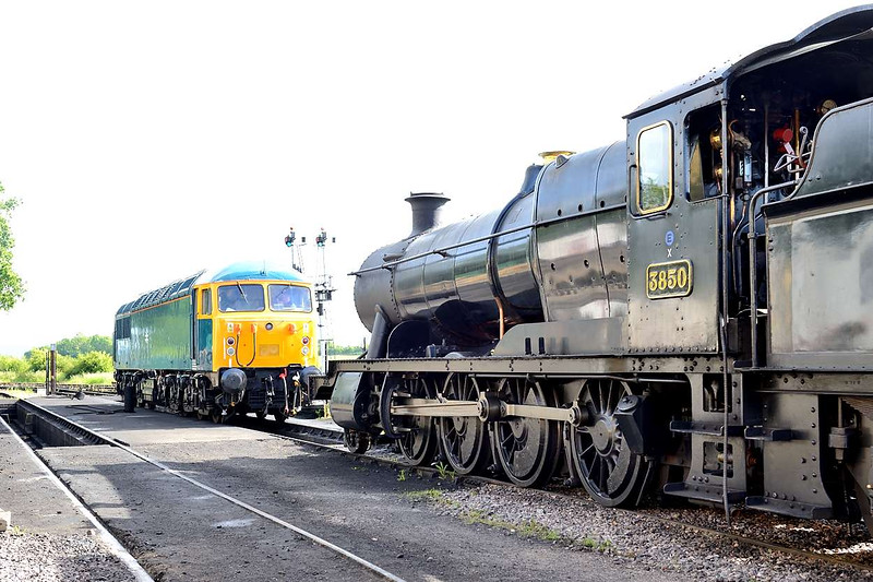 6 June 2015 :: 56006 along with 2-8-0 No 3850 are both stabled at Bishops Lydeard.  The Grid had earlier failed on a train due to blocked fuel filters