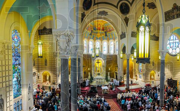 MET 062815 CHURCH INT