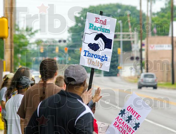MET 060615 RACISM SIGN