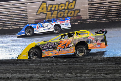 Billy Mouer, Jr. (21JR) and Brandon Sheppard (B5)