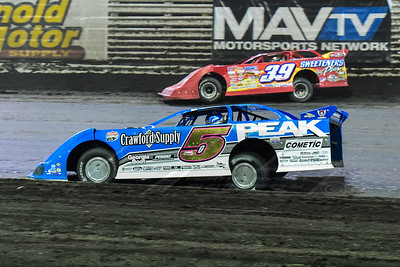 Don O'Neal (5) and Tim McCreadie (39)