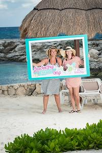 1523_LIT-Photos-on-the-Beach-900