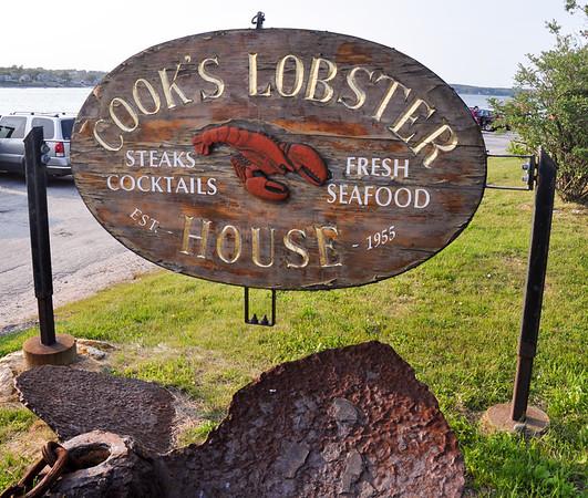 Cook's Lobster House Dinner