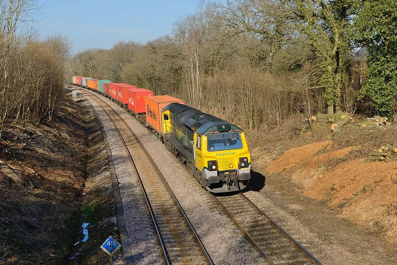 7 March 2015 :: 70019 is seen passing Chineham, Basingstoke working 4O29 from Crewe to Southampton
