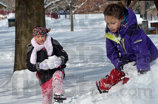 MET 030215 SNOW WASHINGTON