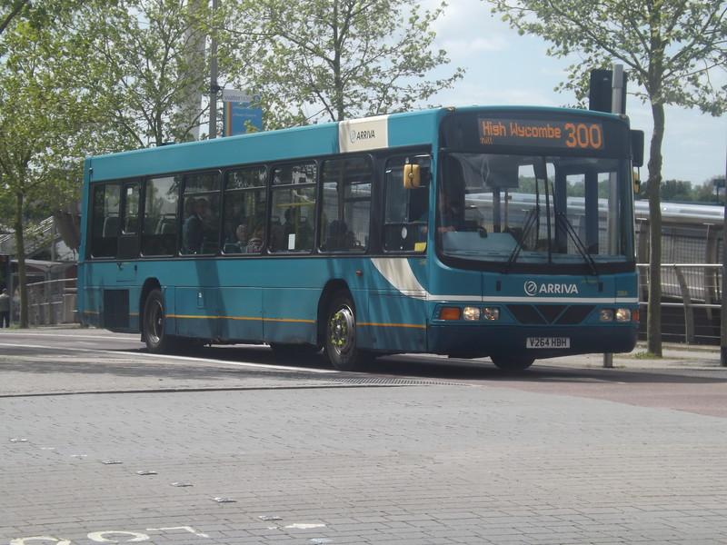 Arriva V264HBH in Aylesbury.