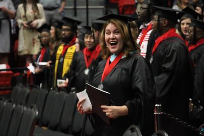 3pm_graduation_ElizabethBanfield (15 of 42)