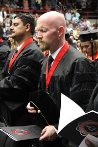 3pm_graduation_ElizabethBanfield (21 of 42)