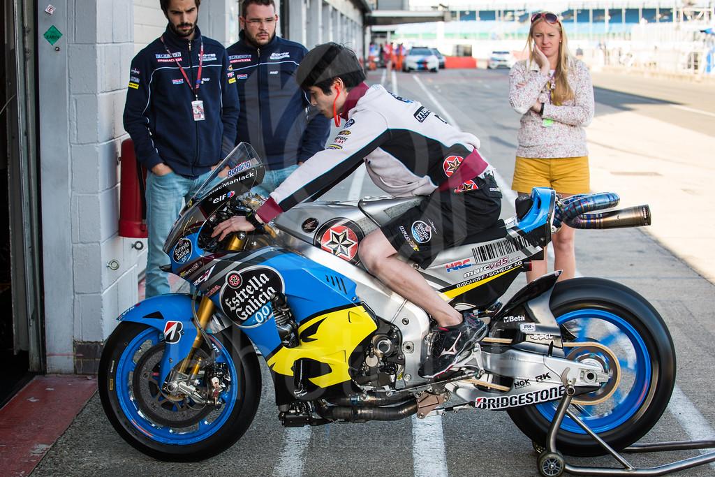 2015-MotoGP-12-Silverstone-Friday-0019-2