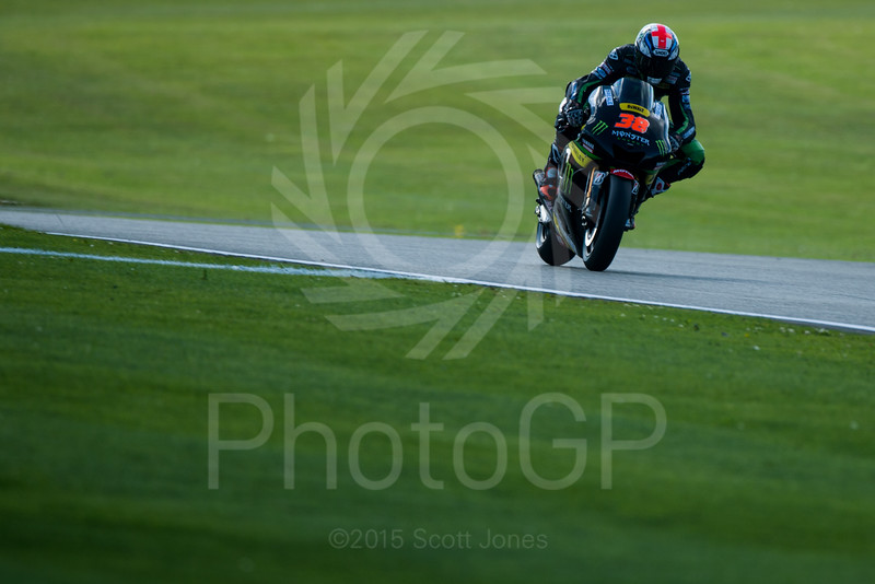 2015-MotoGP-12-Silverstone-Friday-0323