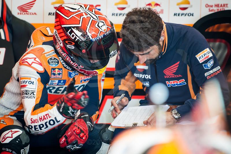 2015-MotoGP-16-Phillip-Island-Friday-1336