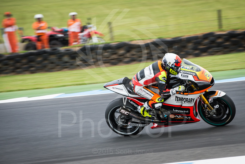 2015-MotoGP-16-Phillip-Island-Friday-0405